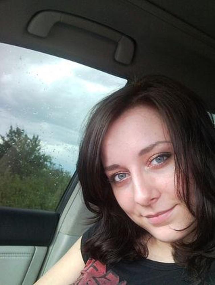 Isabelle (25) aus Bern