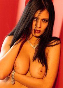 Yasmin aus Tessin