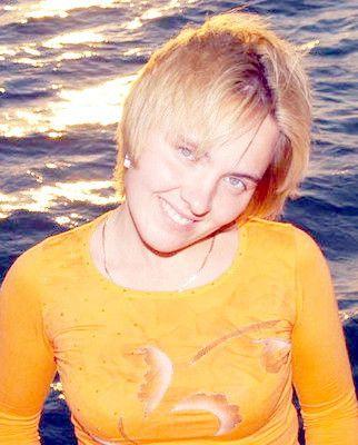 Anneli (30) aus dem Kanton St. Gallen