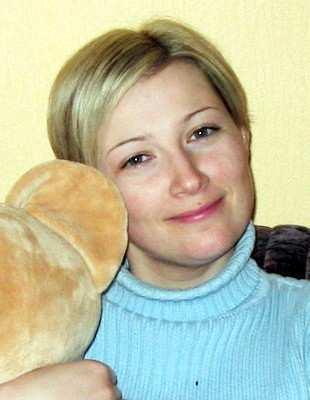 Jaqueline aus Neuenburg