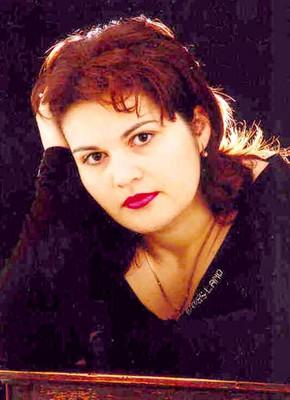 Mona aus Neuenburg